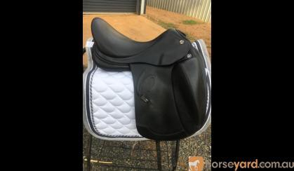 Prestige Verona Monoflap Dressage Saddle on HorseYard.com.au