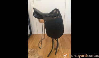 Peter Horobin Grande Dressage Saddle 17 inch on HorseYard.com.au