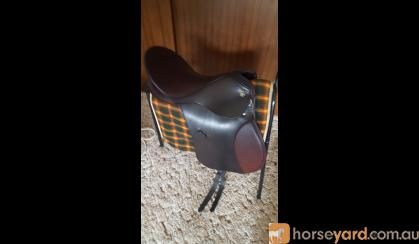 Kieffer Aachen All Purpose Saddle on HorseYard.com.au