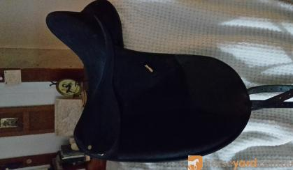 x2 quality saddles  on HorseYard.com.au
