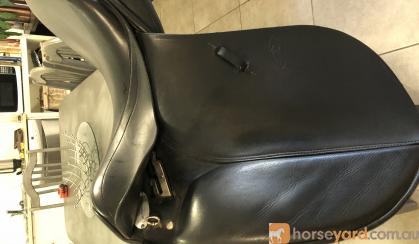 Dressage Saddle on HorseYard.com.au