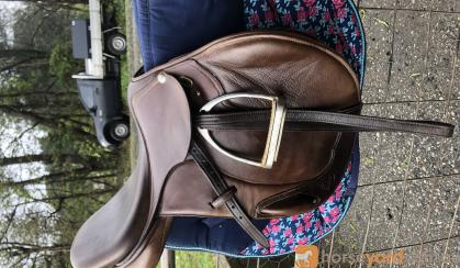 Like new- Pessoa jumping saddle  on HorseYard.com.au