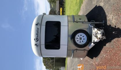 2 HAL Gladiator with camping  on HorseYard.com.au