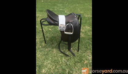 Peter Horobin Show Saddle  on HorseYard.com.au