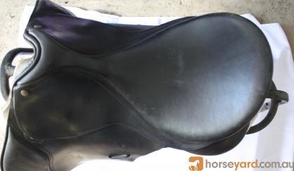 Black Bates All Purpose on HorseYard.com.au