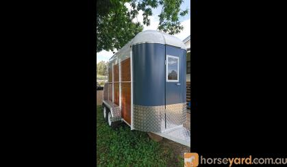 Brand NEW RETRO float for sale on HorseYard.com.au