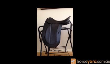 Bates Precieux dressage saddle on HorseYard.com.au