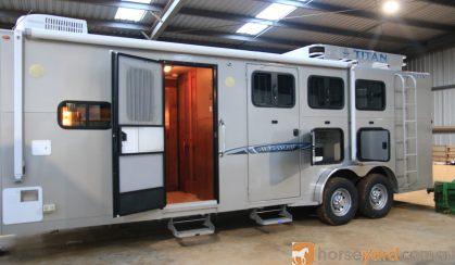 ABSOLUTE LUXURY GOOSENECK 3 HORSE on HorseYard.com.au