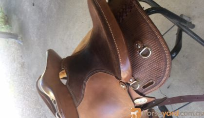 EzyRide Half breed Leather Saddle on HorseYard.com.au