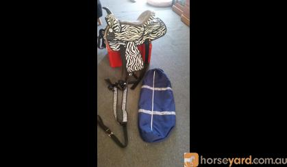 western saddle breastplate bridlebag on HorseYard.com.au