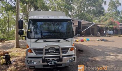 2017 Hino FD 1124 dual cab  on HorseYard.com.au