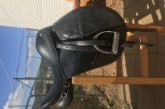 BLACK LEATHER SADDLE  on HorseYard.com.au