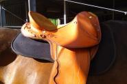 14in (inside seat) leather stock swinging fender saddle on HorseYard.com.au